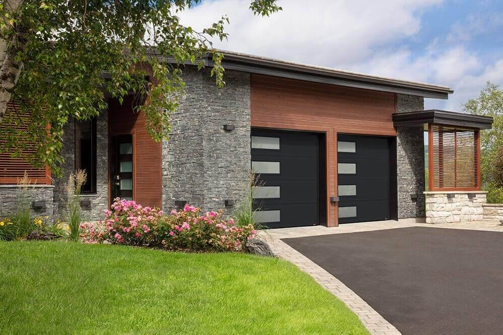 Are you a fan of contemporary looks? This garage door is a Moderno 2 Beads, 9' x 8', Black, window layout: Left-side Harmony