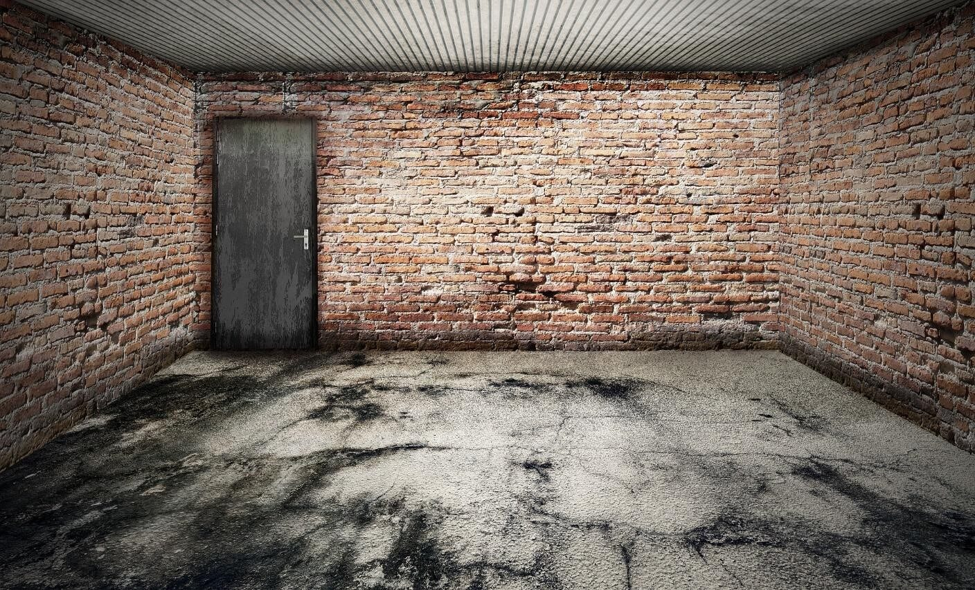 Get the garage floor in good shape first. Image from Pixabay