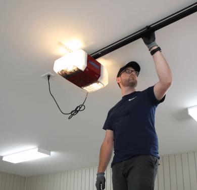 Garage door installer who inspect the Liftmaster garage door opener