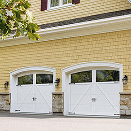 Princeton P-22, 9' x 7', Ice White doors and overlays, Arch Overlay with Clear Panoramic windows