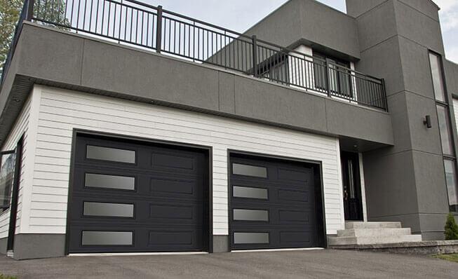 Portes de garage – Produits et services à Saint-Hubert - Classique XL, 9' x 7', Noir, fenestration Harmonie gauche
