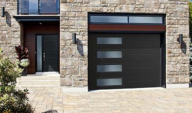 Standard+ Vog, 10' x 7', Black, window layout: Left-side Harmony