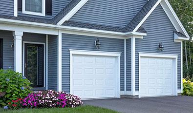 Porte de garage traditionnelle près de vous - Standard+ Classique CC, 9' x 7', Blanc glacier
