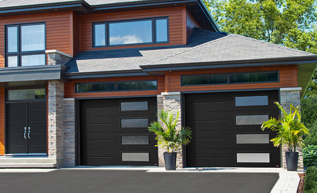Contemporary garage door style in elkhorn - Vog, 9' x 7', Black, window layout: Right-side Harmony